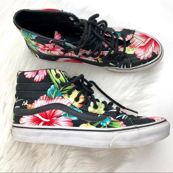 438ec0c1a7 VANS Tropical High Top Sneakers. M 5b3a9d472e1478d603dfb497